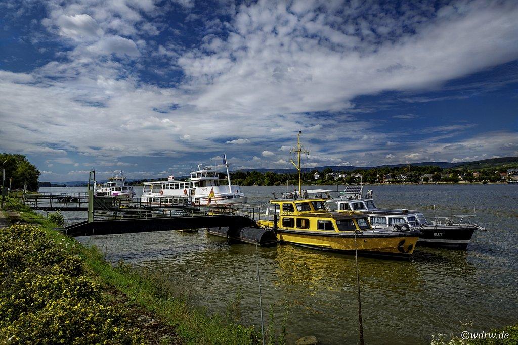 Die Flotte von Personenschifffahrt Nikolay